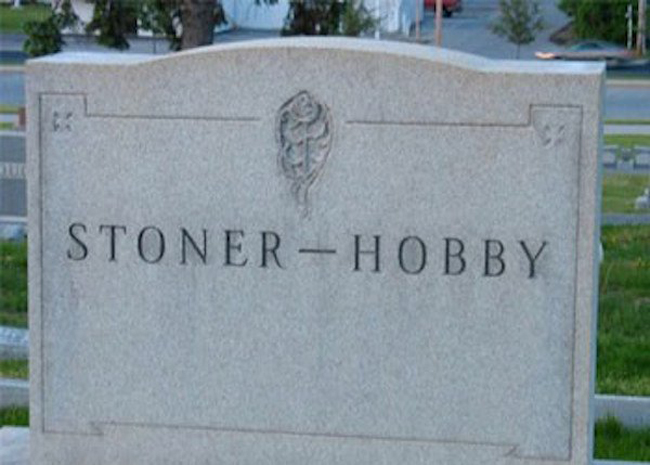 Funny names on tombstones pictures. (10)
