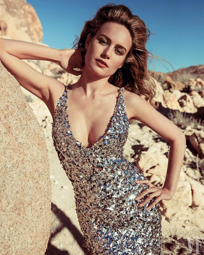 Brie Larson sexiest pictures from her hottest photo shoots. (26)