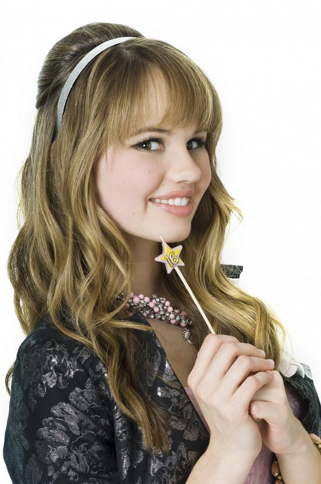 Debby Ryan sexiest pictures from her hottest photo shoots. (1)