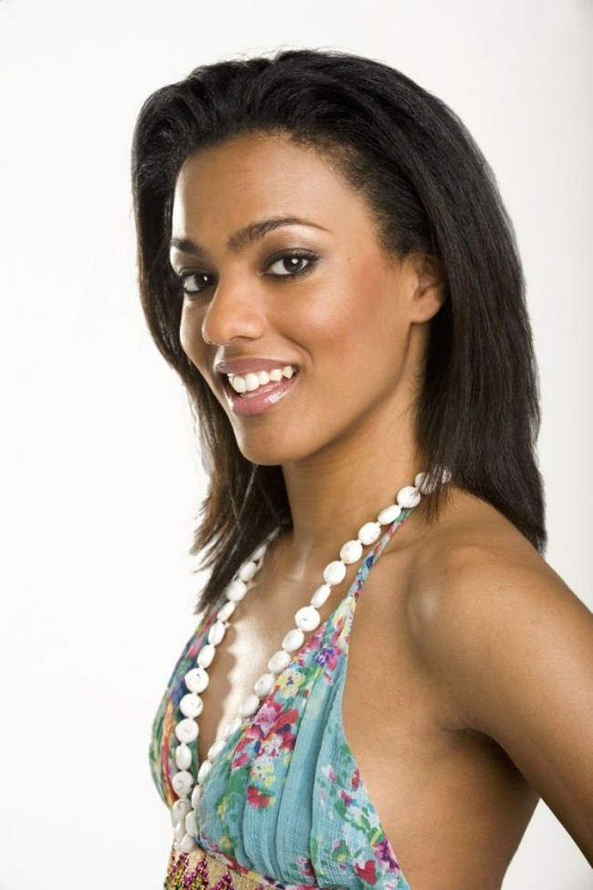 Freema Agyeman sexiest pictures from her hottest photo shoots. (10)