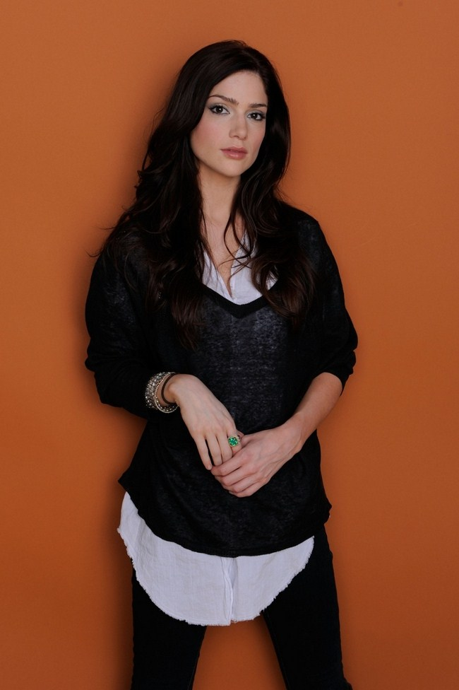 Janet Montgomery sexiest pictures from her hottest photo shoots. (31)