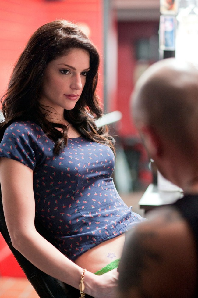 Janet Montgomery sexiest pictures from her hottest photo shoots. (8)