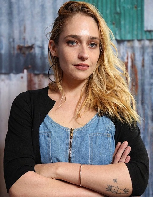 Jemima Kirke sexiest pictures from her hottest photo shoots. (13)