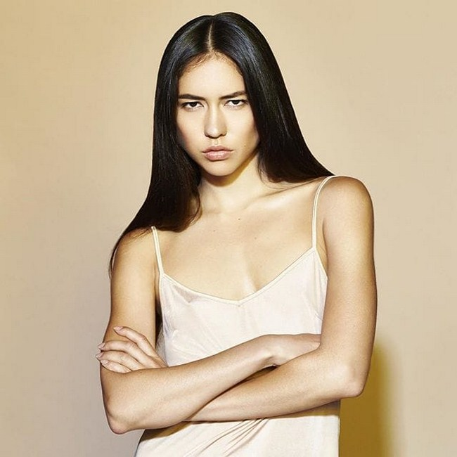 Sonoya Mizuno sexiest pictures from her hottest photo shoots. (30)
