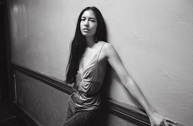 Sonoya Mizuno sexiest pictures from her hottest photo shoots. (29)