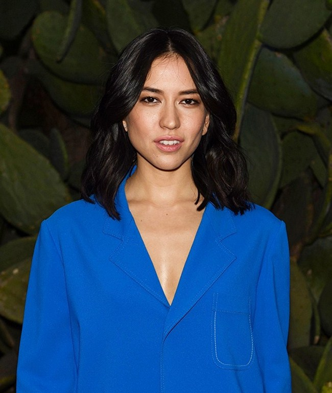 Sonoya Mizuno sexiest pictures from her hottest photo shoots. (6)