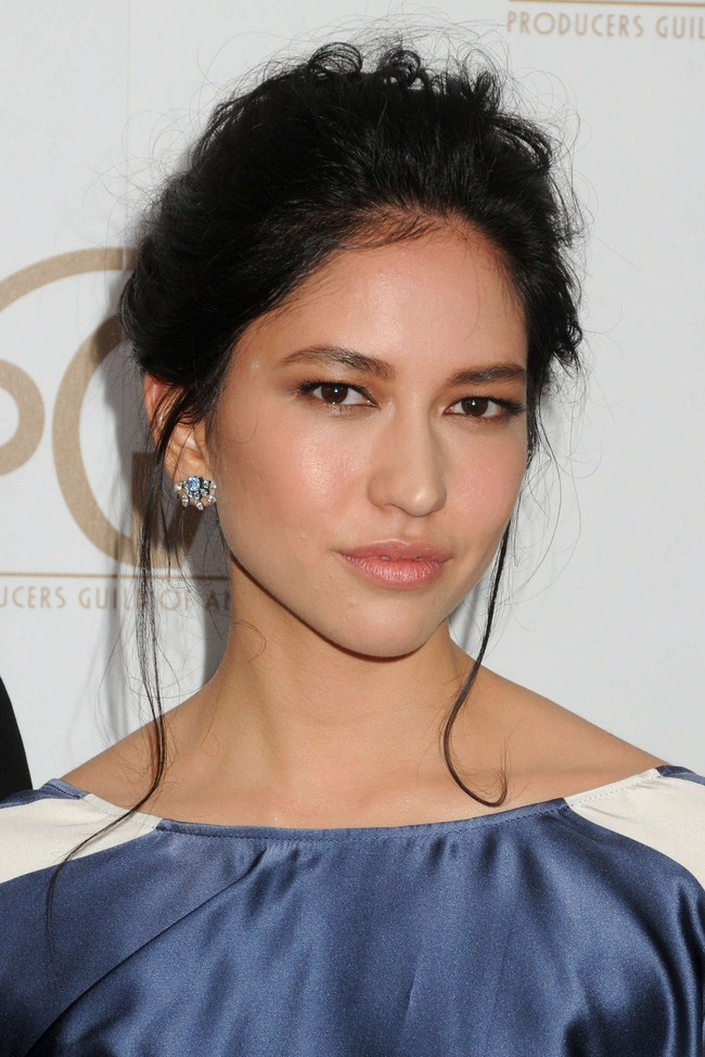 Sonoya Mizuno sexiest pictures from her hottest photo shoots. (4)