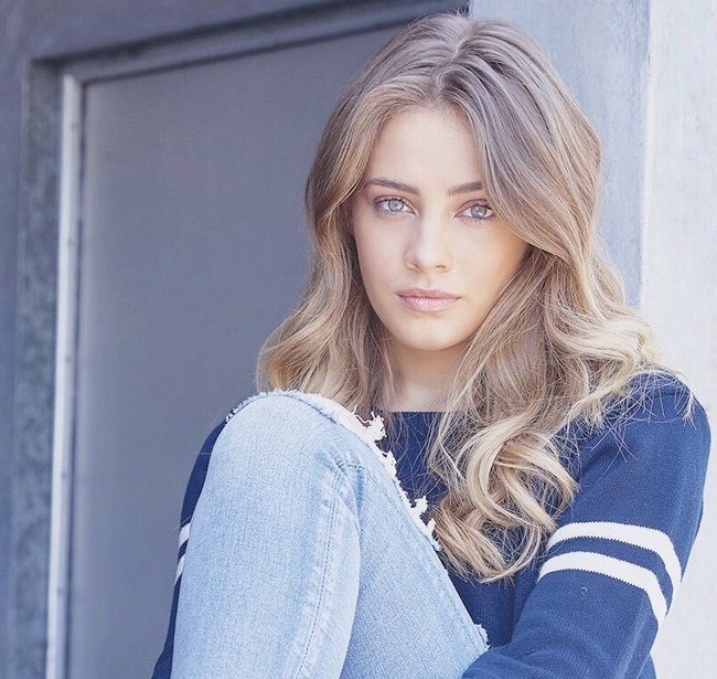 Josephine Langford Photos   Sexy Near-Nude Pictures, GIFs