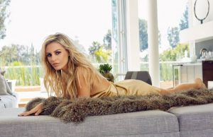 Morgan Stewart sexiest pictures from her hottest photo shoots. (41)