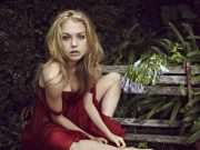 Penelope Mitchell sexiest pictures from her hottest photo shoots. (32)