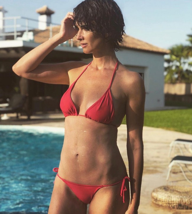 Paz Vega Hottest Photos | Sexy Near-Nude Pictures, GIFs