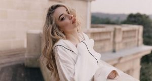 Sabrina Carpenter sexiest pictures from her hottest photo shoots. (39)