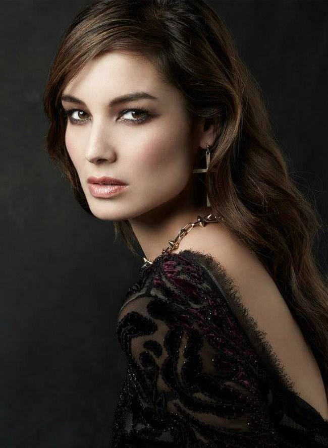Berenice Marlohe Hottest Photos   Sexy Near-Nude Pictures