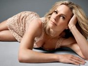 Elisabeth Shue sexiest pictures from her hottest photo shoots. (40)