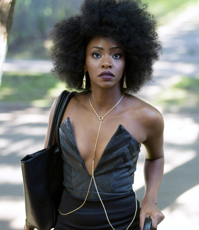 Teyonah Parris Hottest Photos | Sexy Near-Nude Pictures, GIFs