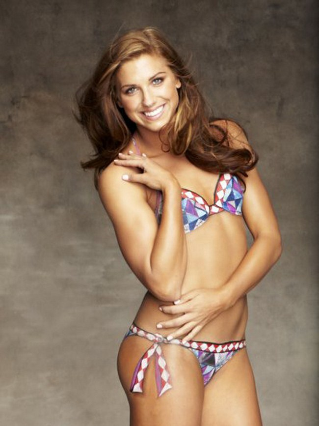 Nude Celebrity Alex Morgan Pictures and Videos | Shameless