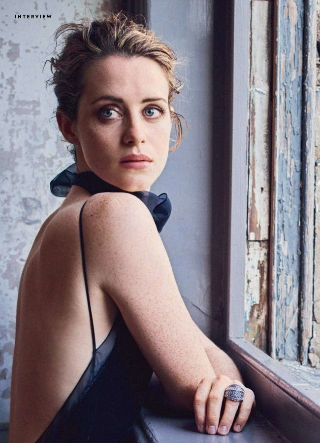 Claire Foy Hottest Photos   Sexy Near-Nude Pictures, GIFs