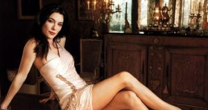Jaime Murray pictures from her hottest photo shoots. (47)